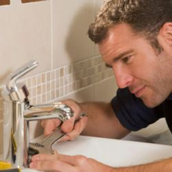 Emergency Plumbers: What To Do When You Call