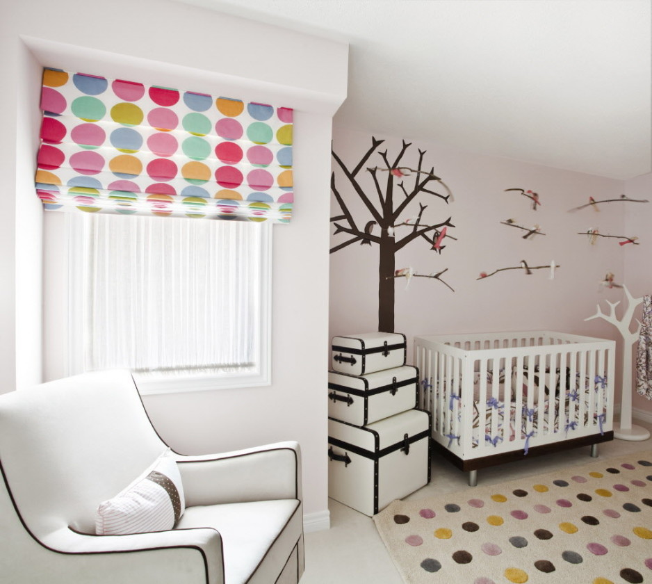 Tips for choosing and decorating new windows for a nursery some dos and don tfw real estate - Tips for choosing the right blinds for the rooms ...