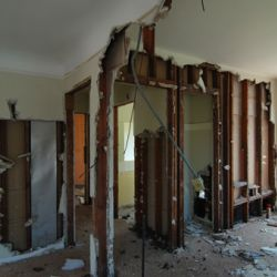 4 Main Factors to Keep in Mind Before a DIY Demolition Project