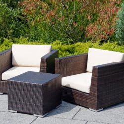 Learn What Makes Wicker and Rattan Such Versatile Patio Furniture Materials