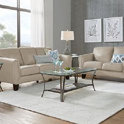 Tips to choose the right set of table for your stylish living room