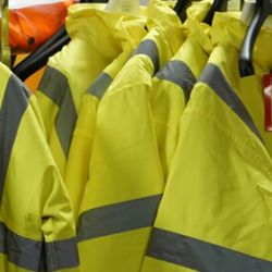 Finding the Right Safety Workwear for Home DIYs